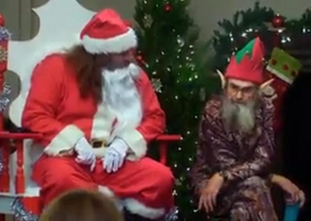 ddSanta and Elf