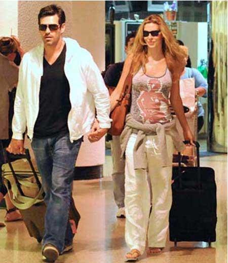 eddie-cibrian-and-brandi-glanville-miami-airport