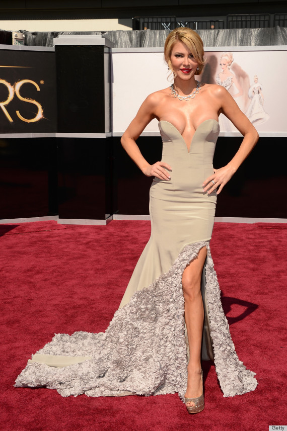 Another shot of Brandi Glanville's dress