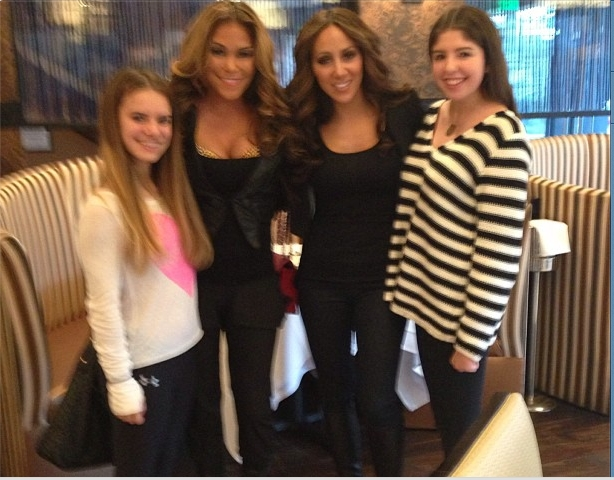 Jennifer Dalton and Melissa Gorga at Sears Steakhouse Feb 1, 2013 (Jennifer's twitter feed)
