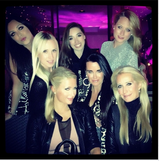 Paris Hilton tweet - cousins Whitney, Booke, Kimberly, and Farrah, and aunts Kyle and Kim Richards with Paris Hilton