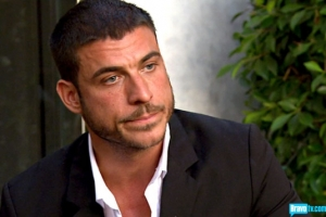 Jax quits.  Surprisingly Lisa seems disappointed (from Bravotv.com)