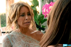 real-housewives-of-beverly-hills-season-3-gallery-episode-319-04