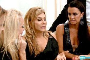 real-housewives-of-beverly-hills-season-3-gallery-episode-319-14