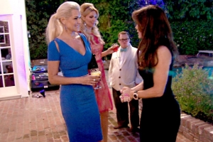 real-housewives-of-beverly-hills-season-4-gallery-episode-401-22
