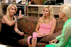 real-housewives-of-beverly-hills-season-4-gallery-episode-404-15
