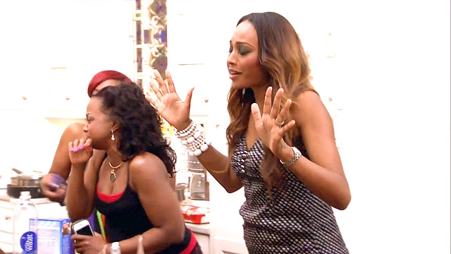 real-housewives-of-atlanta-season-6-cockroach-attack