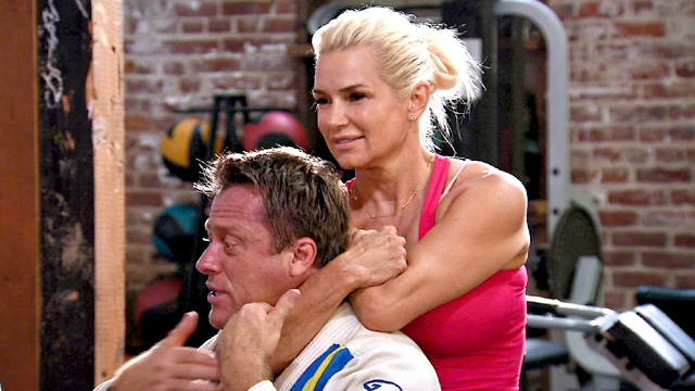 real-housewives-of-beverly-hills-season-4-yolanda-almost-strangles-someone
