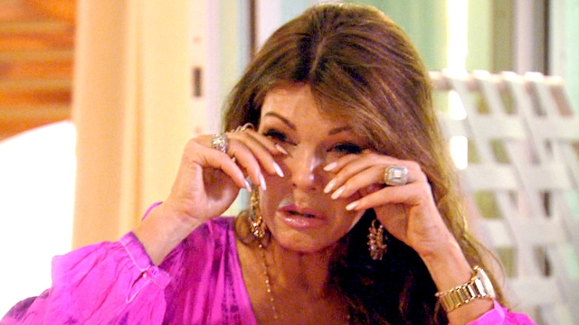 real-housewives-of-beverly-hills-season-4-lisa-vanderpump-breaks-down-in-puerto-rico