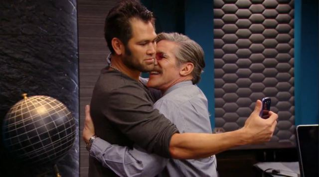 Geraldo and Johnny hug