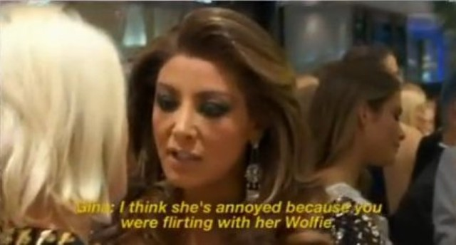 gina flirting wolfie (Small)