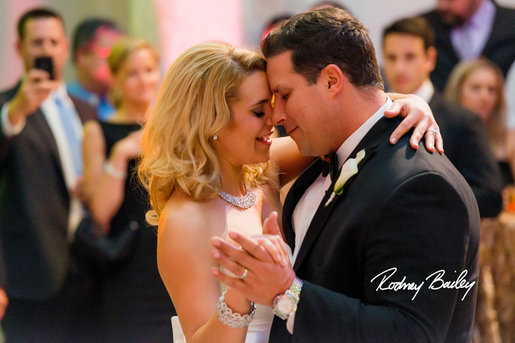 newlyweds-season-2-wedding-kirk-and-laura-16